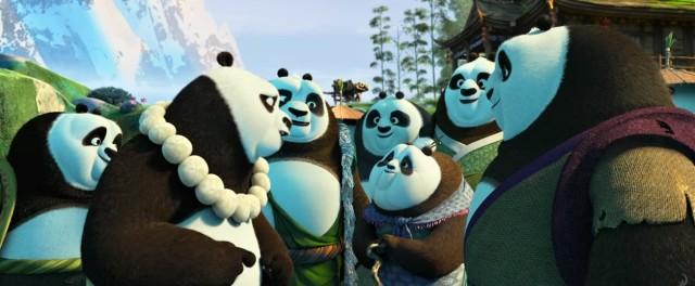 Po musí zachránit vesnice plnou nevinných pand.